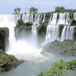 Visit Iguazu falls! Open-jaw flights to Brasil from €419!