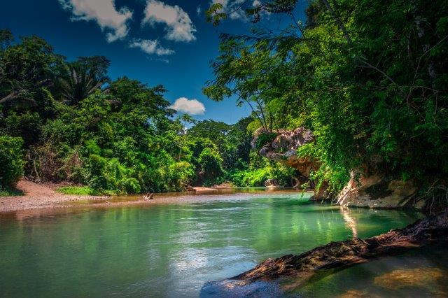 Cheap return flights to Central America from Germany from €398!