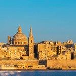 Cheap flights from Barcelona to Malta for €20 return!