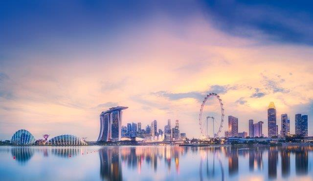 Cheap full-service return flights from Oslo to Singapore from €356!