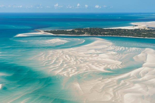 Qatar Airways return flights from Amsterdam to Mozambique for €469 incl. 2x23kg bags!