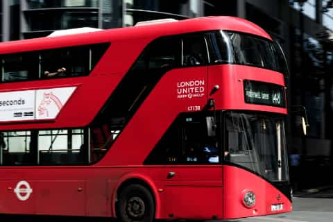 London Gatwick Airport Guide - Bus