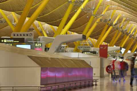Madrid Barajas Airport Guide - Terminal