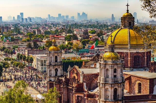 Full-service return flights from Vienna to Mexico City from €361!