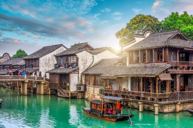 5* Cathay Pacific flights from Frankfurt to 22 cities in China for €402!