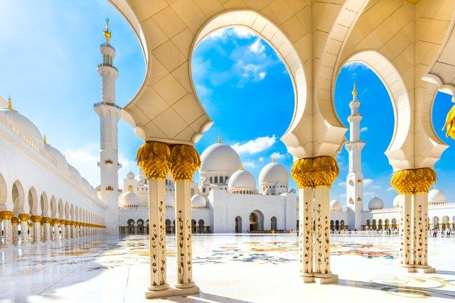 Fly to Abu Dhabi with cheap flights from Romania from only €40 return!