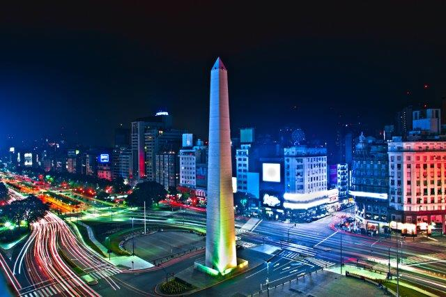 Return Alitalia flights from Italy to Buenos Aires, Argentina from €407!