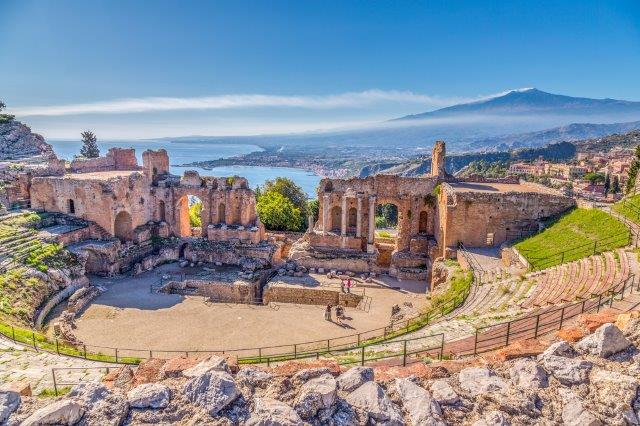 Non-stop return flights from London to Sicily (Catania) from just £16!