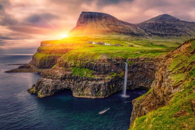 Full-service non-stop flights from Paris to the Faroe Islands from €209!