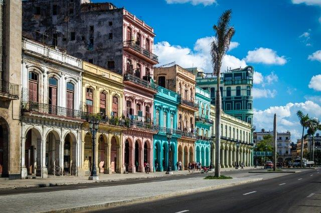Return flights from Italy to Havana, Cuba in main season from €383!