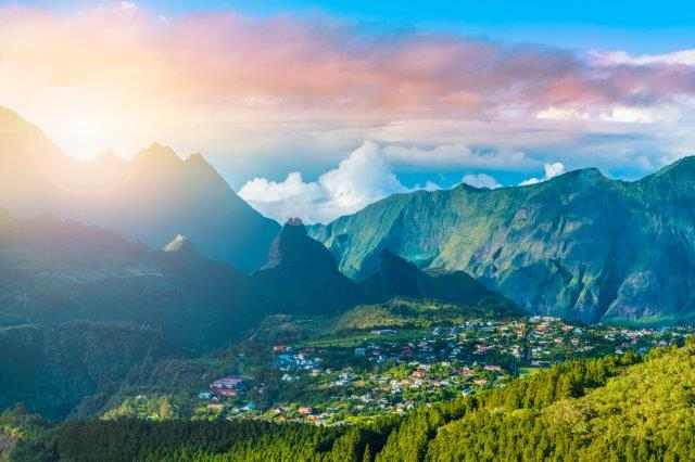 Air France return flights from Switzerland to Réunion for €487!