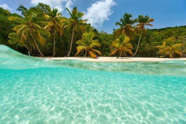 High season flights to the Caribbean island of Puerto Rico or US Virgin Islands from €308 return!