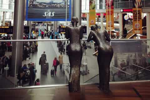 Copenhagen Airport Guide - Statues