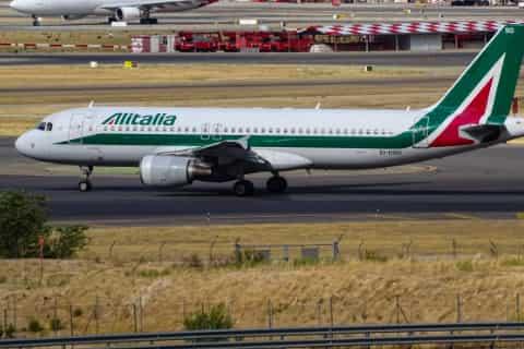 Milan Malpensa Airport Guide - Alitalia