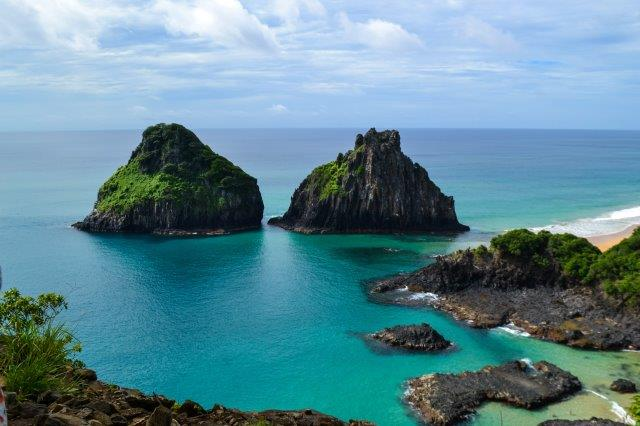 Fly from Madrid or Lisbon to Fernando de Noronha archipelago in South America from €534 return!