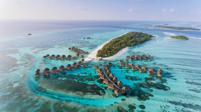 Full-service flights from many cities in Europe to Malé, Maldives from €443!