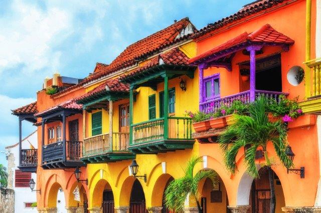 Cheap flights from Zurich to Colombia (Bogotá, Medellín) for €361!