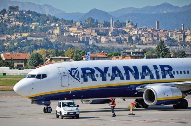 Ryanair promo sale: up to 50% off 25.000 seats!