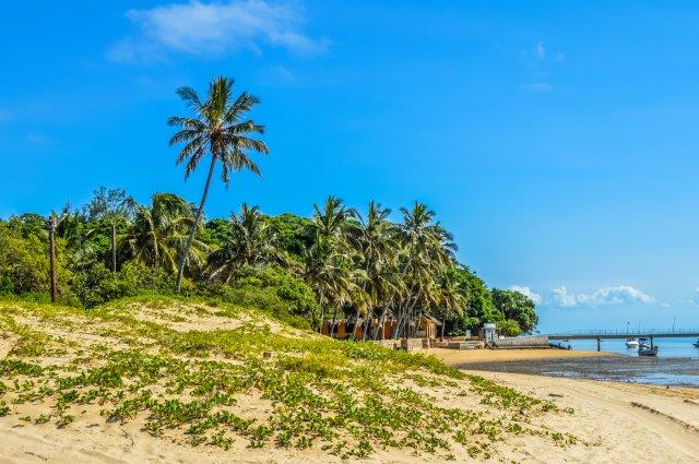 Full-service return flights from the UK to Maputo, Mozambique for £407!