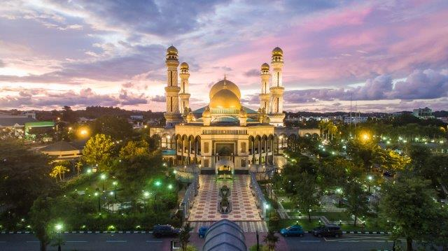 5* Singapore Airlines return flights from London to Brunei for £497!